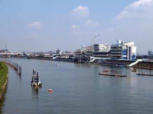 江戸川競艇場の予想ポイントを紹介!全国屈指の難コースでスリルを楽しもう